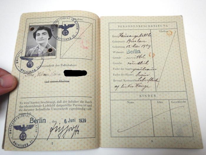Nazi-era Jewish passport