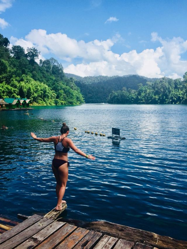 swimming on Khao Sok lake one day tour