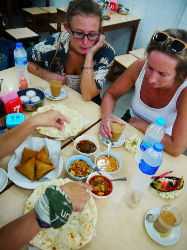 street food tour in phuket best Thai food