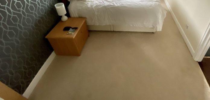 cream bedroom carpet