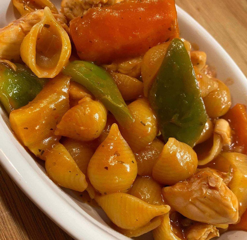 Mediterranean Chicken Conchiglie Pasta
