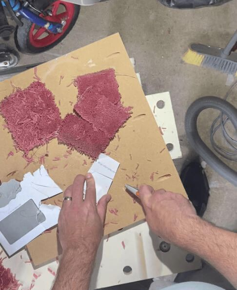 Cutting Paper With Ceramic Utility Knife