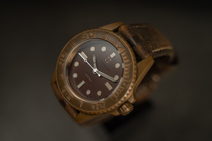 bowrington bronze 42mm case