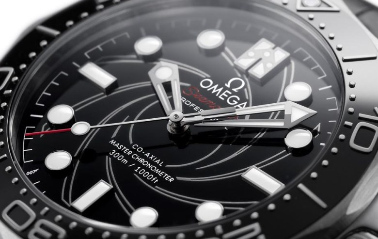 omega bond watch detail 2020