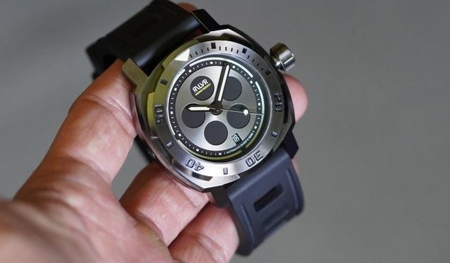 revolver watch kickstarter 3 gray