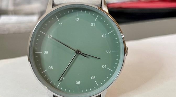 A Minimalist Watch For a Fiver? Yep