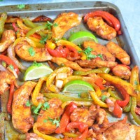 {Whole30} Sheet Pan Chicken Fajitas