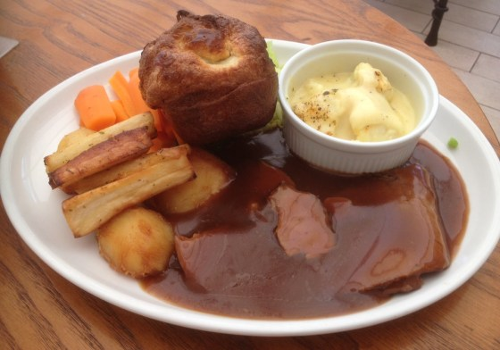 Sunday Lunch at the Embankment Club