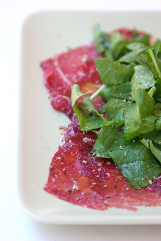 A dairy-free version of the classic Italian Carpaccio. Just as delicious and really good for you, as it contains some high quality protein. By The Nourished Caveman