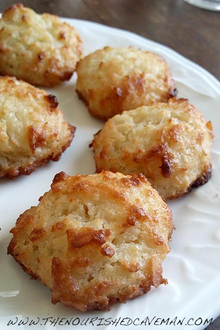 keto Macaroon Fat Bombs By The Nourished Caveman - Keto Macaroon Fat Bombs: A macaroon which is also a great fat bomb! Bring some healthy fats in to your diet, Keto or not this is a dessert that's actually good for you!