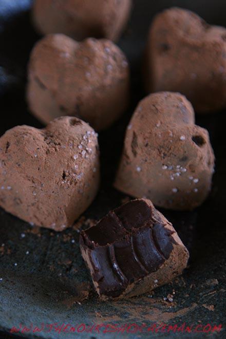 Mayan Drem Chcocolate Truffles By The Nourished Caveman 2