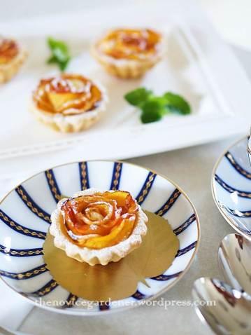 peach rosette tartlet