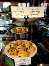 famous chocolate chip cookies at ovenly