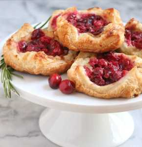 Cranberry Brie Pastry Puffs