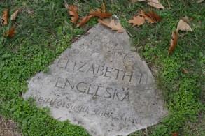 Elizabeth II (UK)