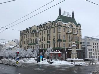 Rossiya Palace / Hotel Moskva (Knoll and Schneider)