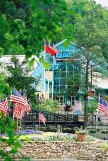 Aquarium Gatlinburg TN Attractions