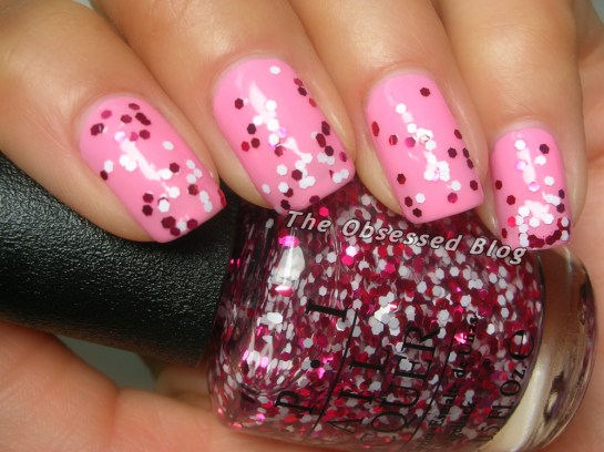 OPI_ChicFromEars_MinnieStyle