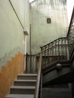 Our staircase in Barcelona, first pole in the banister turns on the first floor....
