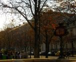 Of course we strolled along the Champs-Elysees, here te Fall colors were in in full effect