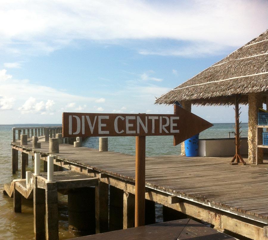 Manado Cocotinos Dive Centre Sign
