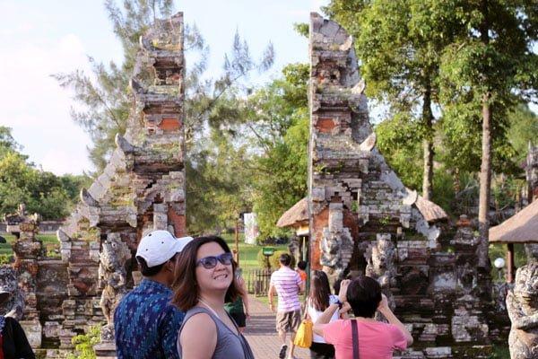 Bali Taman Ayun Entrance Me