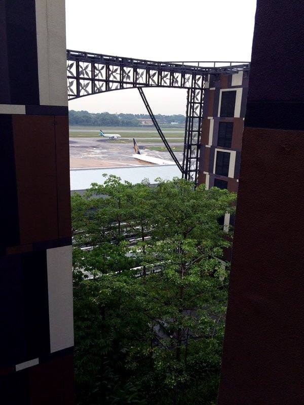 Crowne Plaza Changi Airport - Airport View