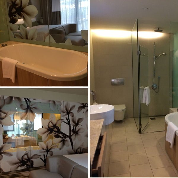 Crowne Plaza Changi Airport - Hotel Bathroom