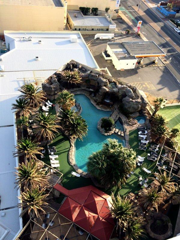 Perth Scarborough Rendezvous Pool Top