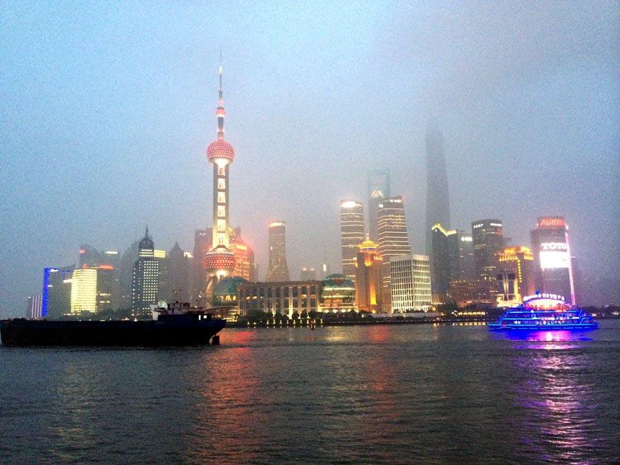 Shanghai Spring - The Bund more lights