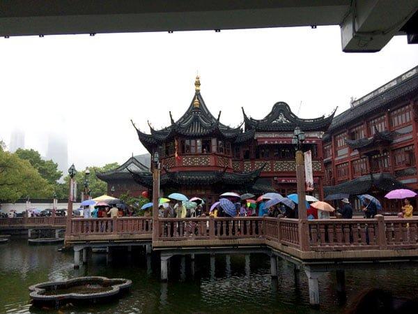 Shanghai Yuyuan Crowds