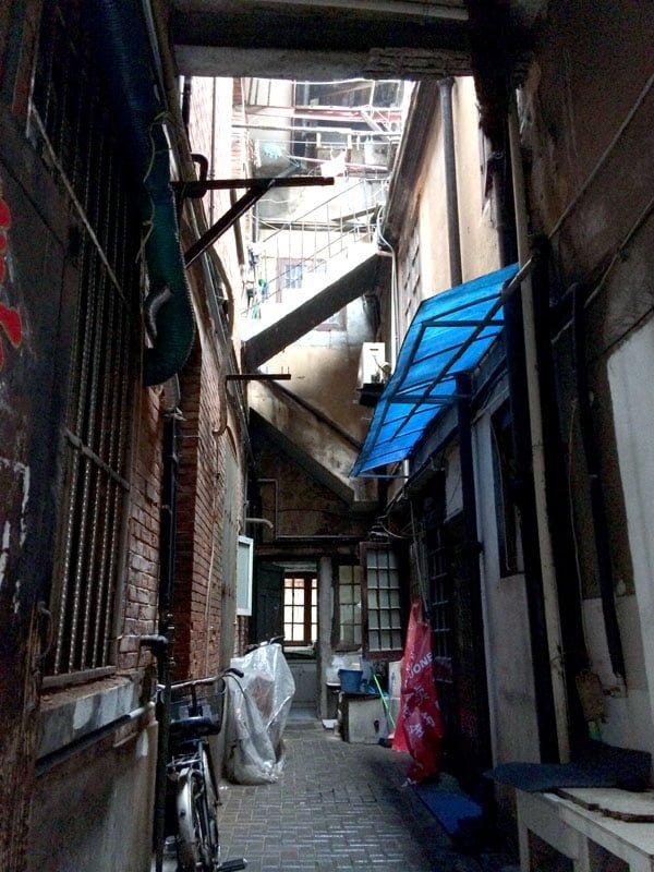 Shanghai Zhang Yuan Shikumen Stair