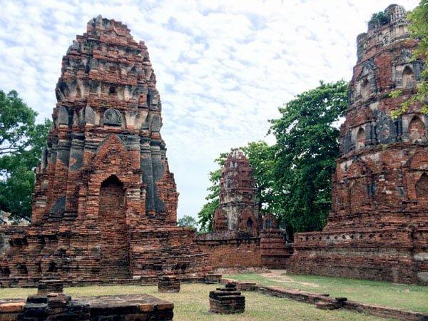 Ayuthaya - Wat Maha That towers
