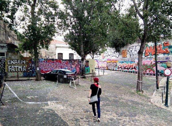 Portugal - Lisbon Street Art GAU Oliverinha