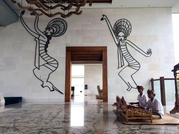 Bali Samabe Lobby Art