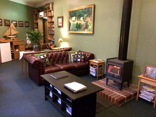 Gippsland Walhalla Star Hotel Lounge
