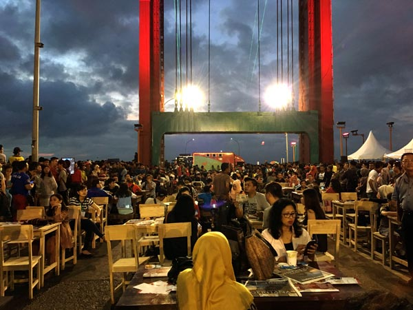 South Sumatra Palembang Eclipse Bridge Tables