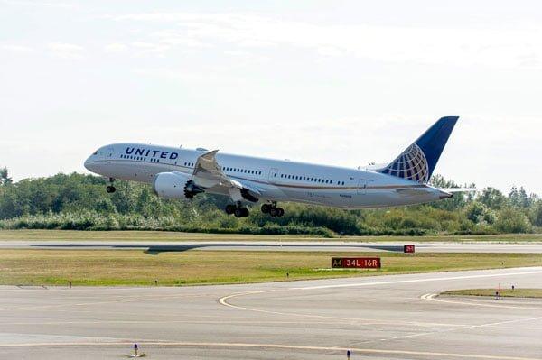 United Airlines Boeing 787-9 Dreamliner