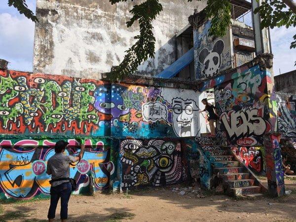 Bangkok Street Art Chalerma Park 1