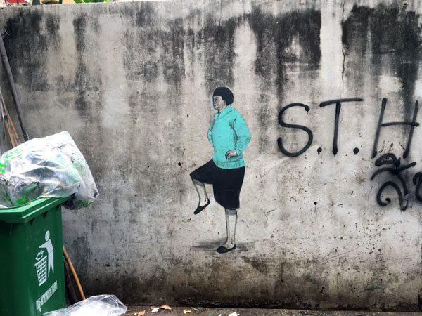 Bangkok Street Art Soi Wanit Lady