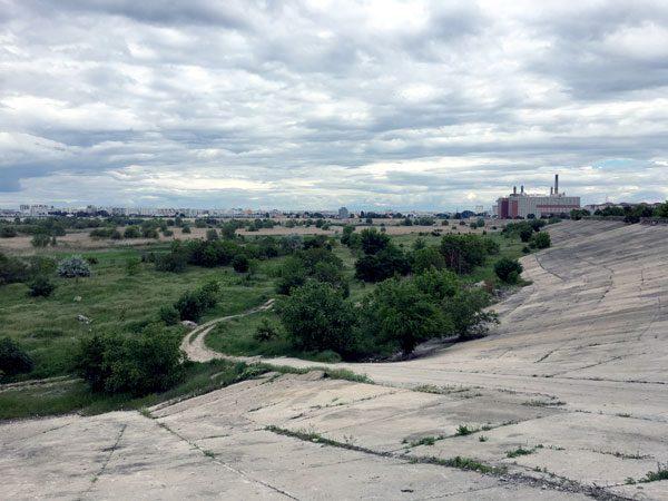 Bucharest Vacaresti Dam Path