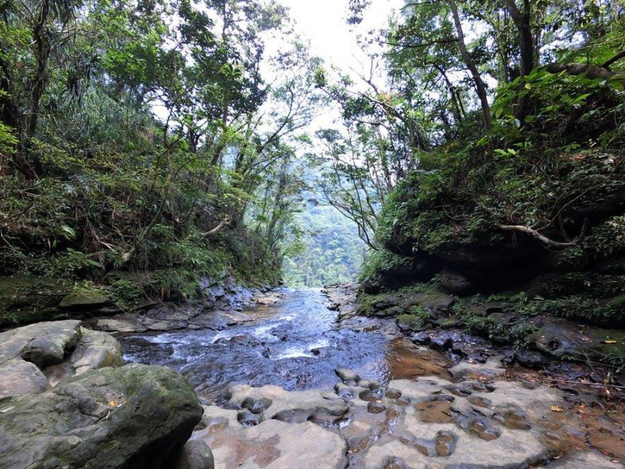 New Taipei Sandiaoling Motian Waterfall Top