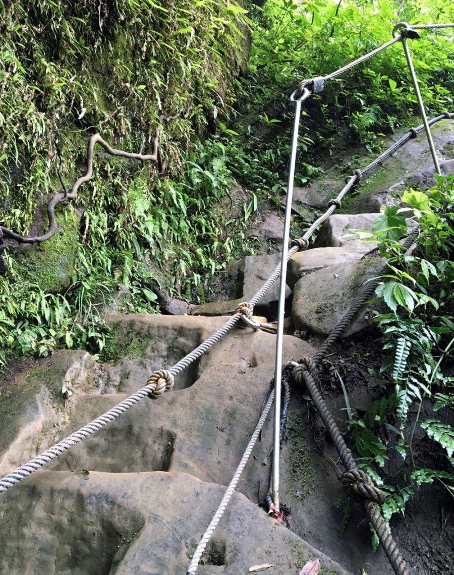 New Taipei Sandiaoling Rope Stair