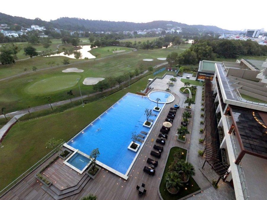 Batam Radisson Hotel Pool Top