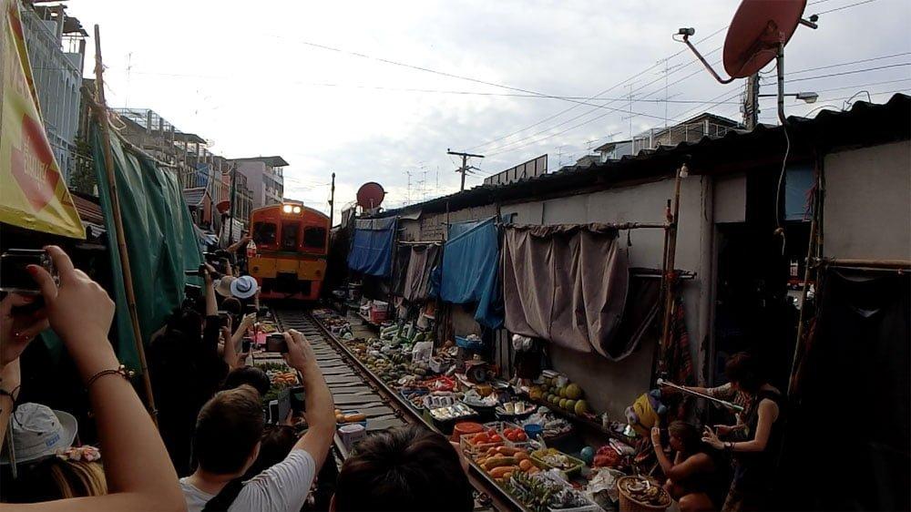 Amphawa Mae Klong Train Market Approach