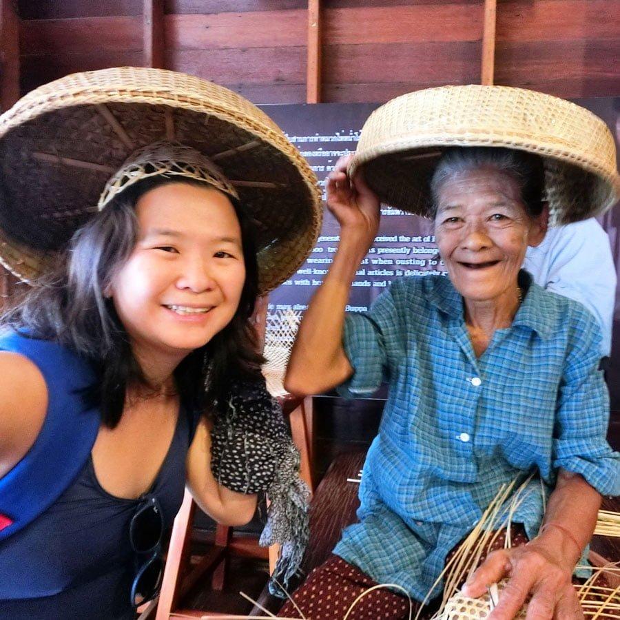 Amphawa Samut Songkhram Life Hat Weaving Lady