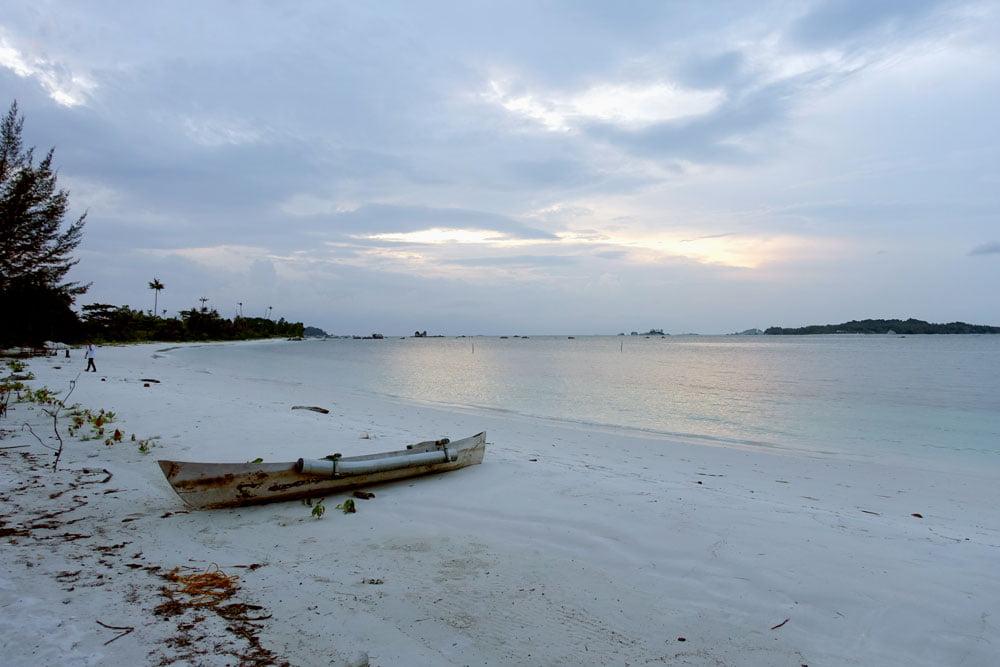 Belitung EcoBeachTent Billiton Beach Boat