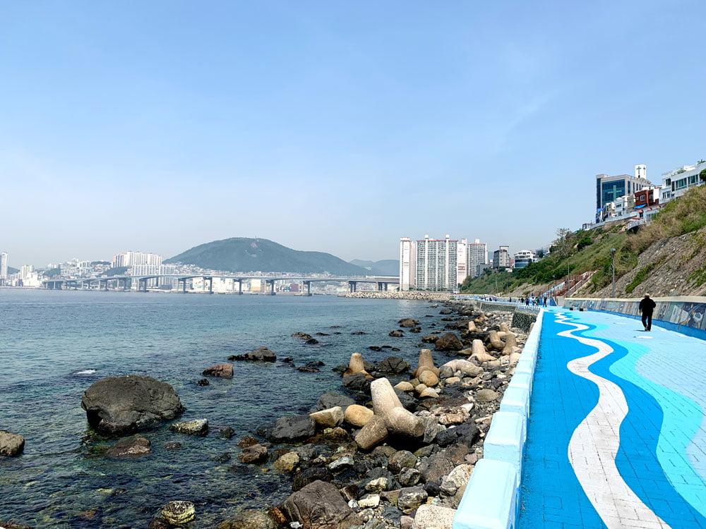Busan Huinnyeoul Coastal Path