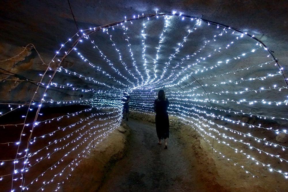 Laos Thakhek Nang Aen Cave Light Tunnel