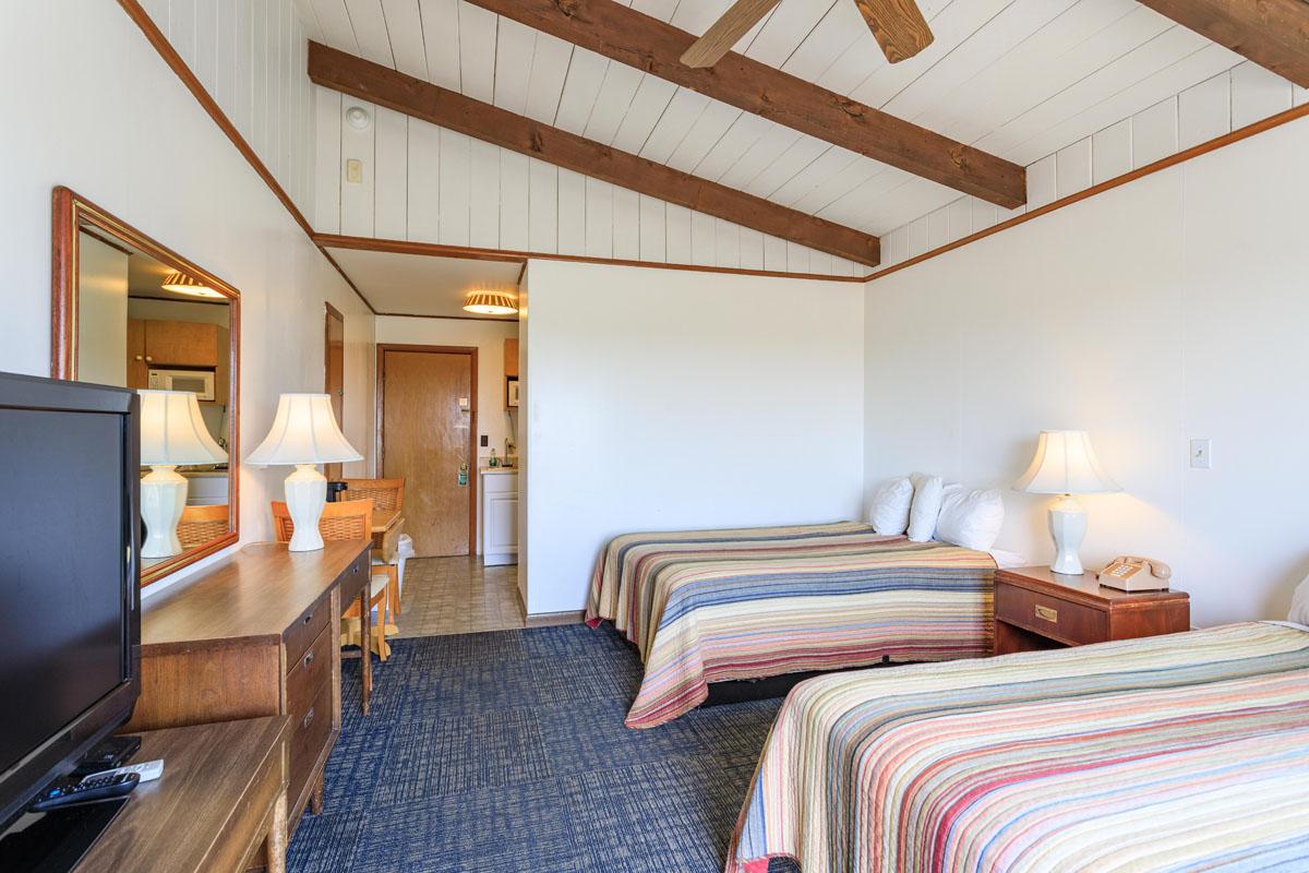 Ocean House Motel West Grand Avenue Room Reverse View